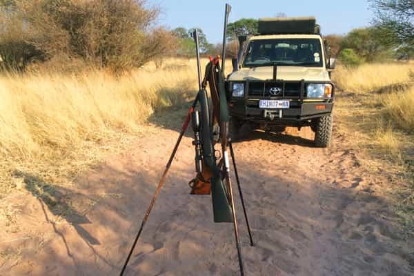 Babi-Babi hunting safari Namibia Jeep Toyota - FR