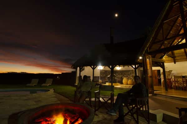 Babi-Babi hunting safari Namibia relaxation and fellowship - EN