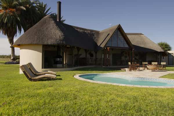 Babi-Babi hunting safari Namibia unique comfort and architecture - EN