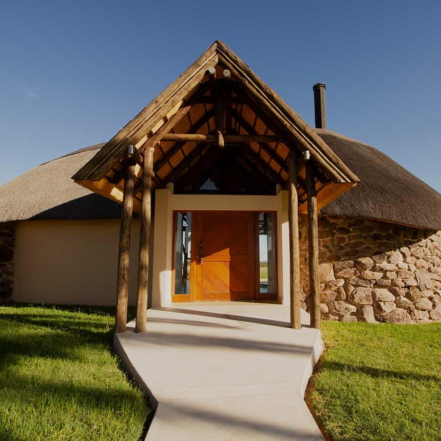 Babi-Babi Jagdsafari Namibia Willkommen im Lodge - DE