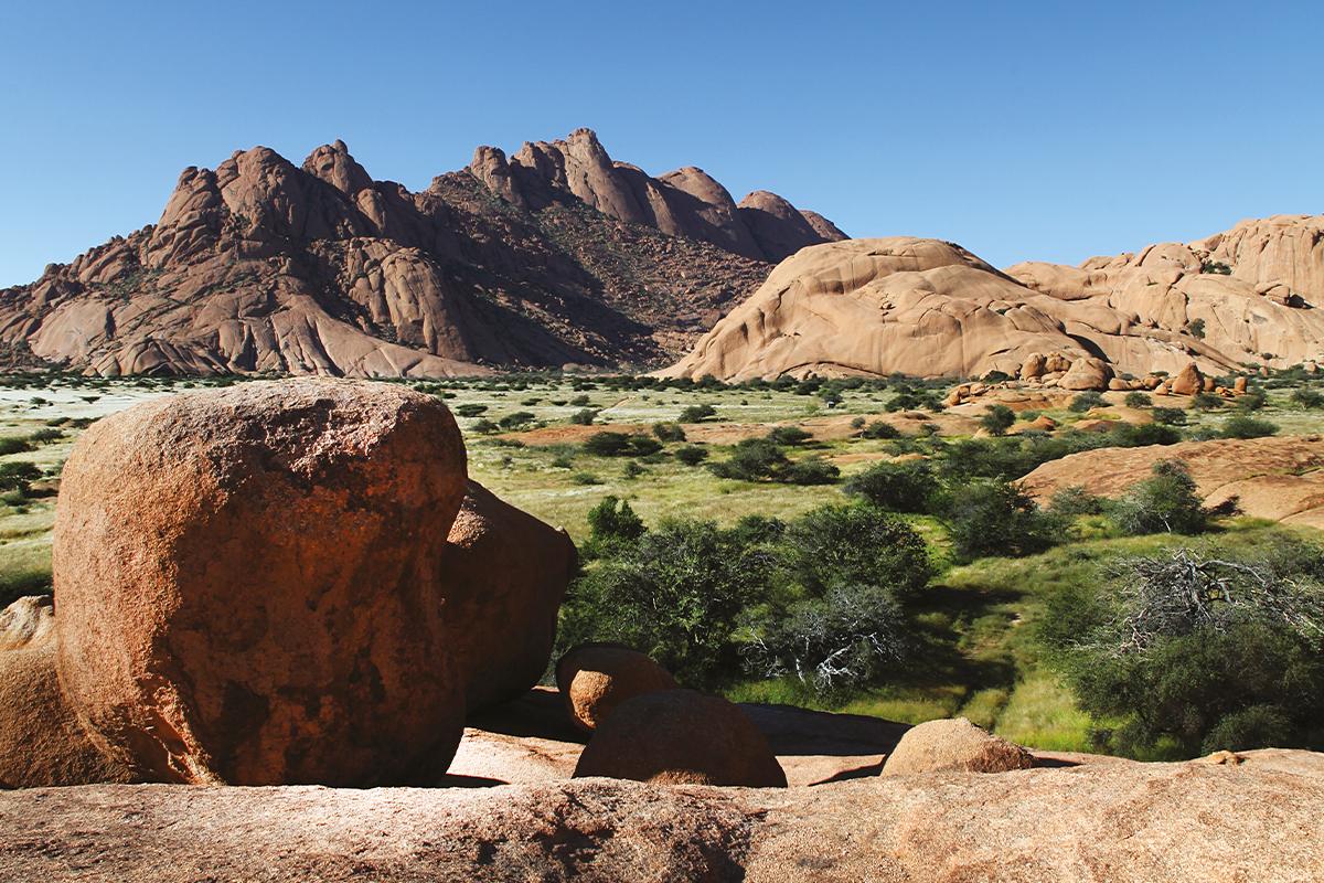 Babi-Babi hunting safari Namibia mountains - EN